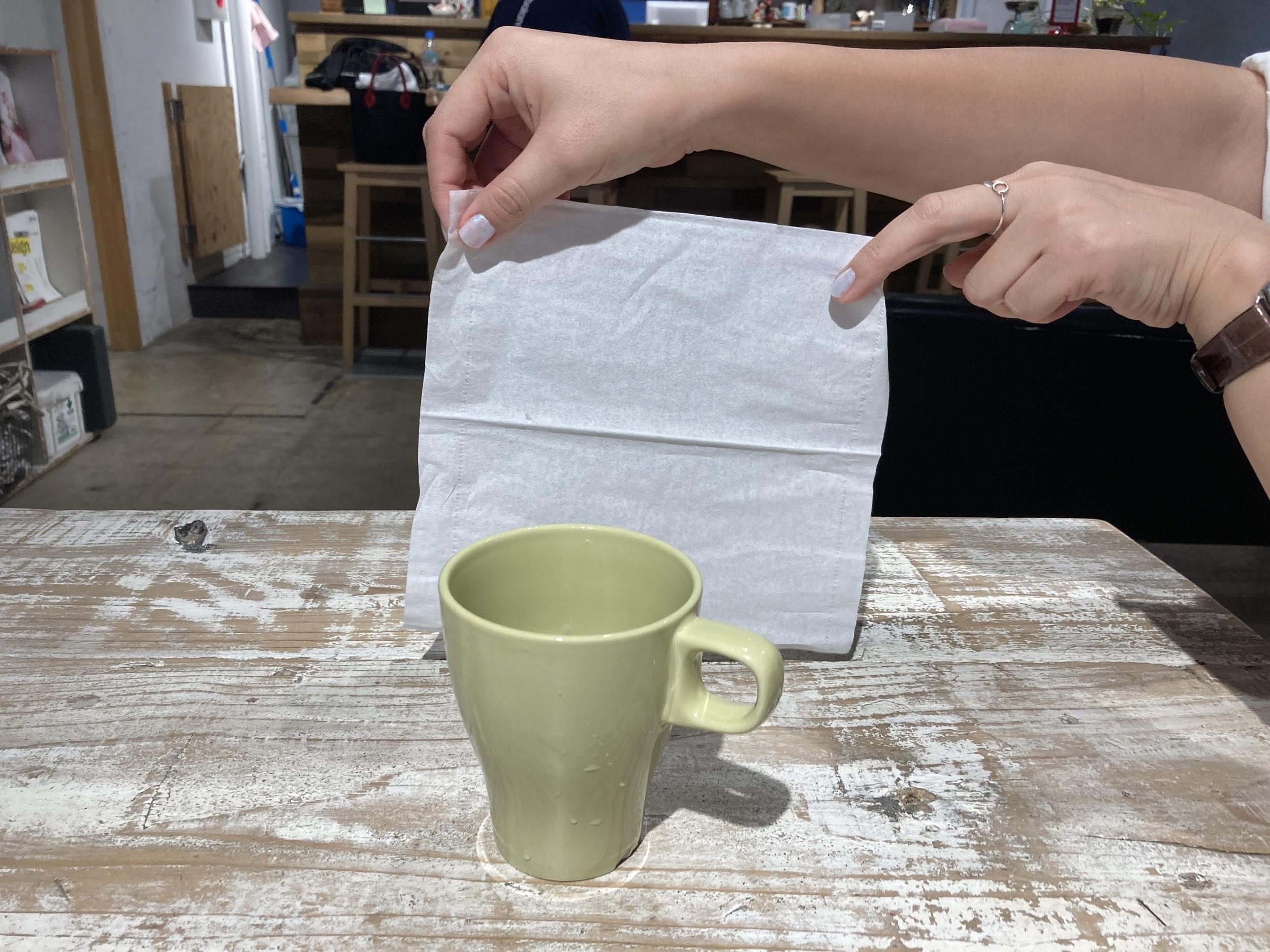 ナプキンをレフ板代わりに使う画像